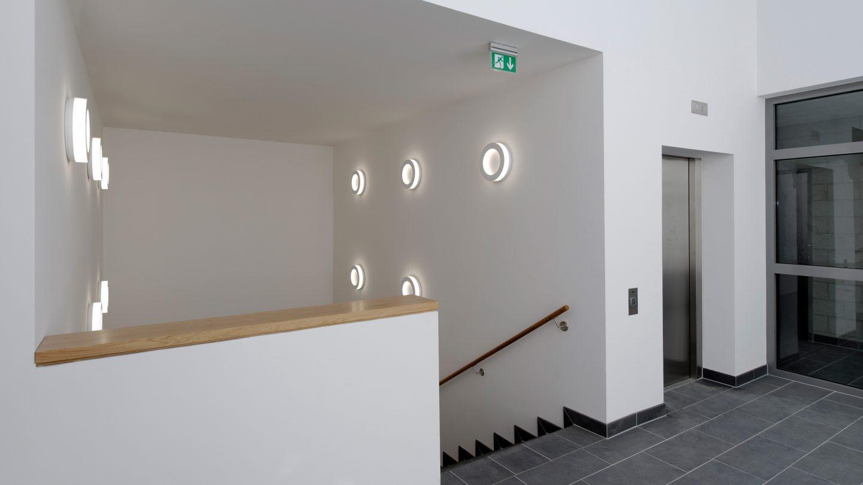 Foyer mit Treppenhaus